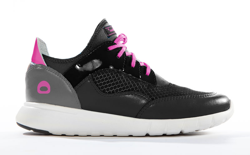 Black Pink Urban Runner